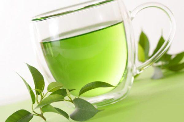 Zielona herbata lepsza od kawy?