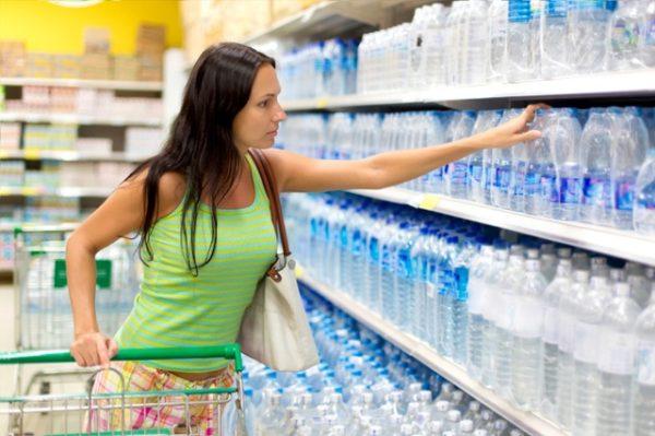 Zatrzymanie wody w organizmie – jak pozbyć się nadmiaru wody?